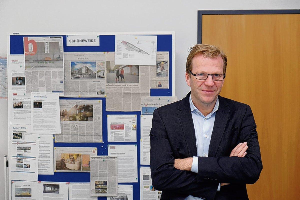 Regionalmanager Thomas Niemeyer kann weitere drei Jahre an der Entwicklung von Schöneweide arbeiten.