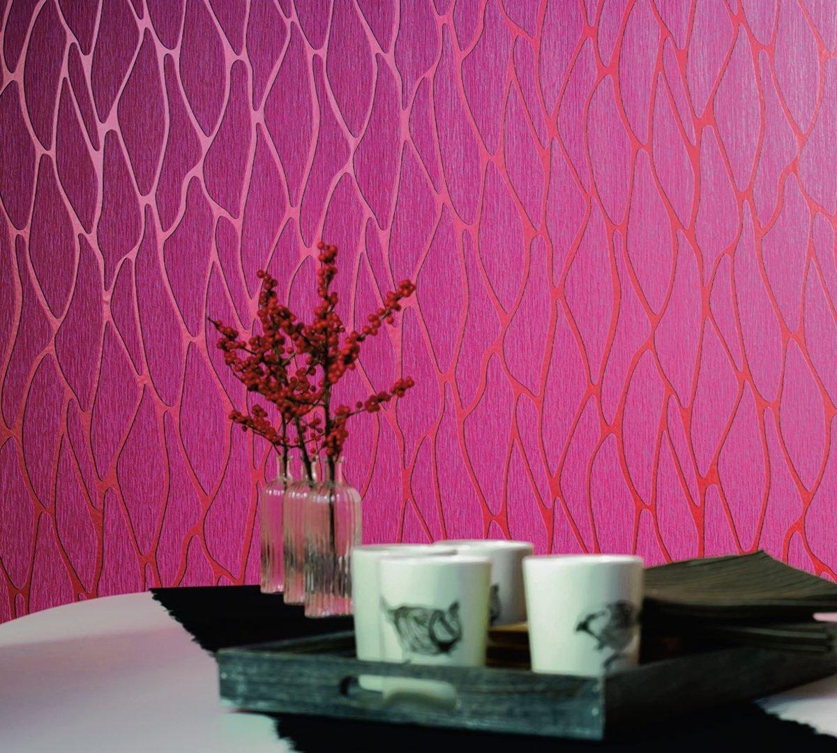 Ist Eine Wand Im Raum So Auffällig Tapeziert Zu Sehen, Wird Der Wandschmuck  Zum Hingucker