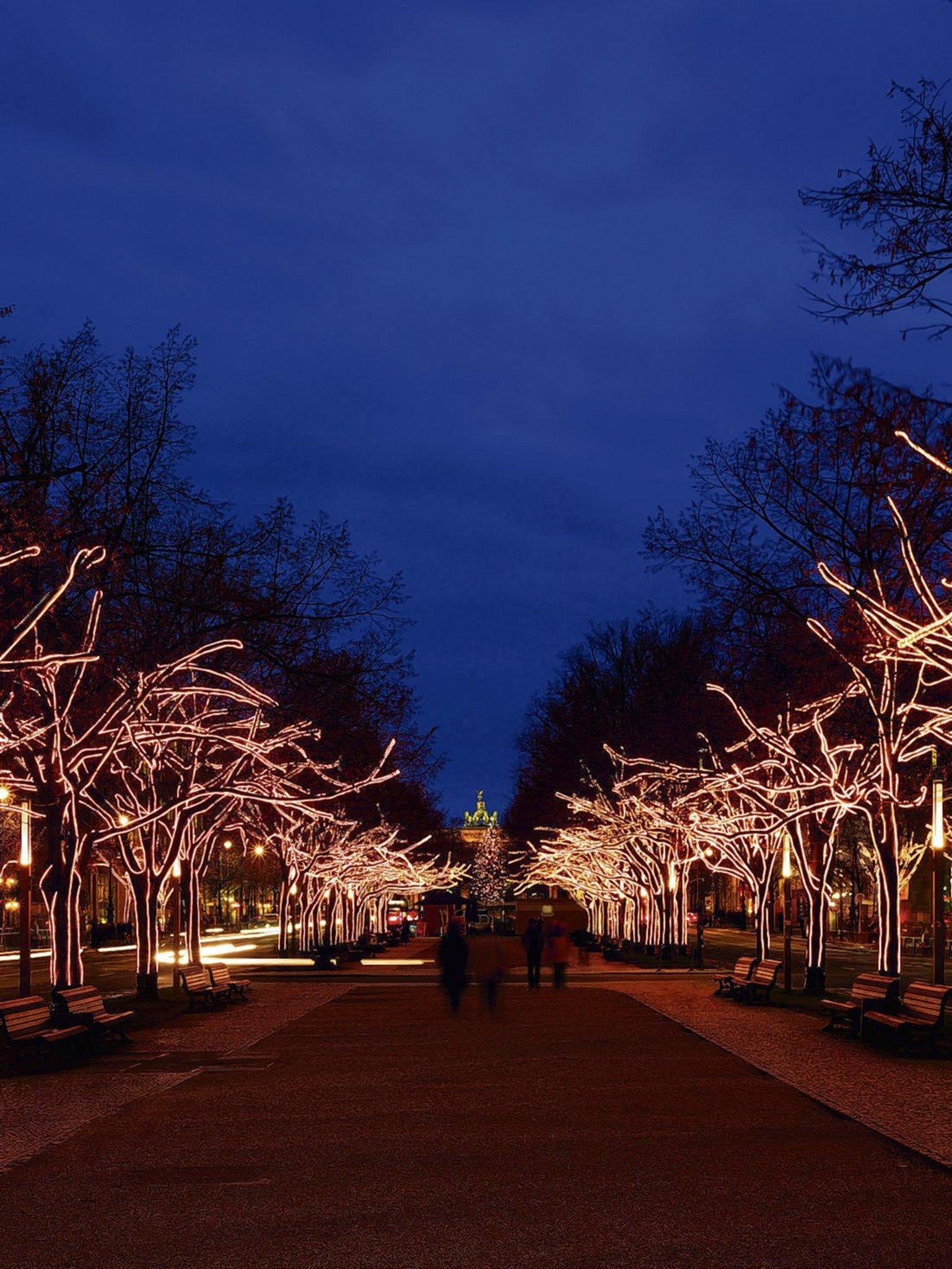 Unter Den Linden Weihnachtsbeleuchtung.Vattenfall Beleuchtung Unter Den Linden 2014 Mitte