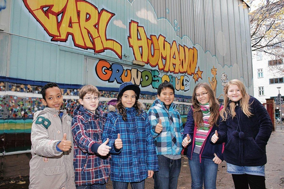 """Seam, Paul, Kaspar, Lee, Antonia und Clara gehen in die Carl-Humann-Grundschule. Hier haben sie seit Schuljahresanfang das Unterrichtsfach """"Graffiti""""."""