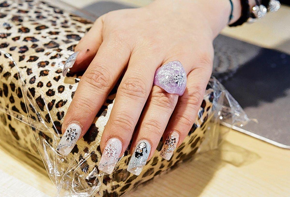 Motivfolien Für Fingernägel Sind Im Trend Mitte
