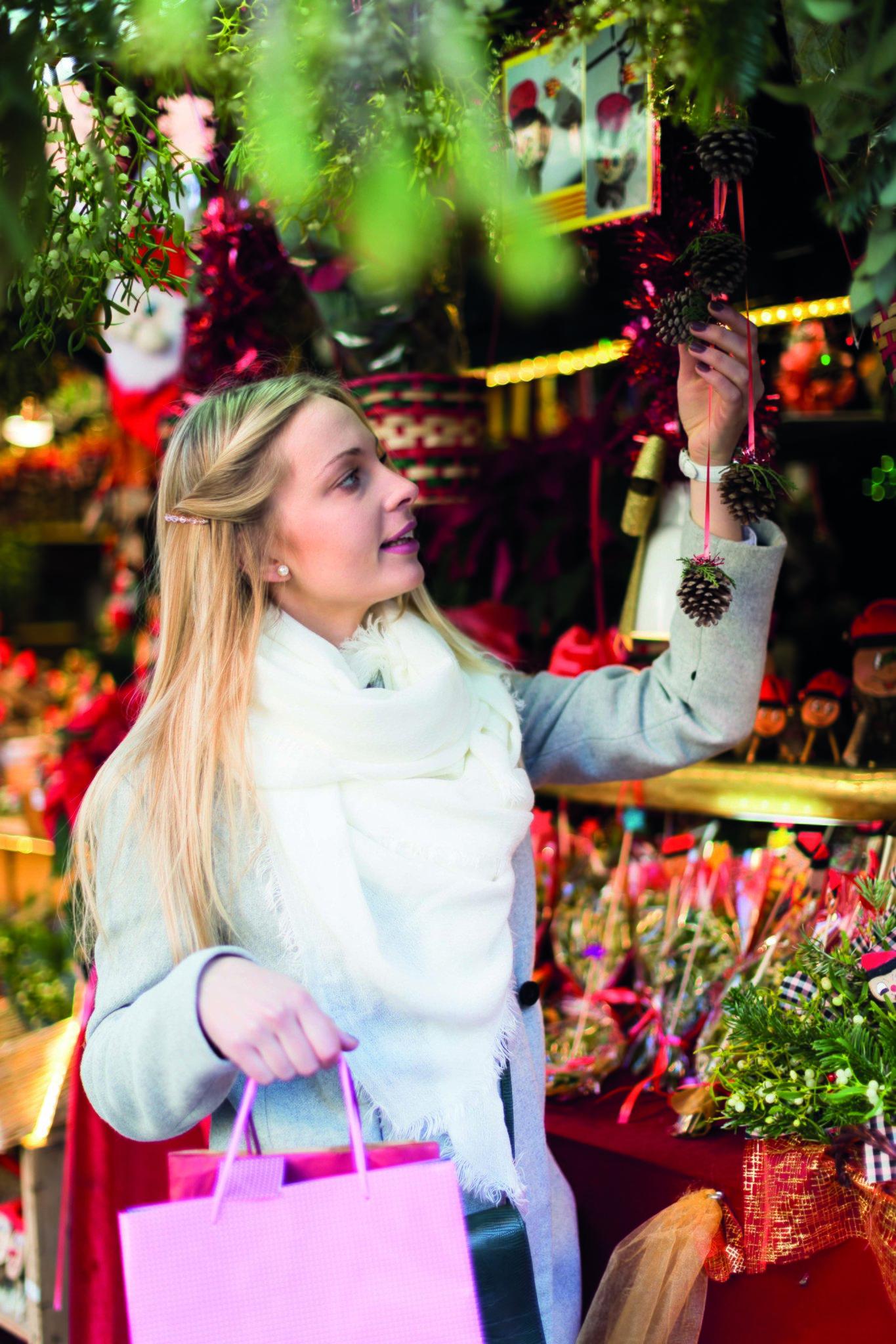 Kölle Weihnachtsdeko.Zeit Für Weihnachtszauber Erlebnis Shopping Bei Pflanzen Kölle