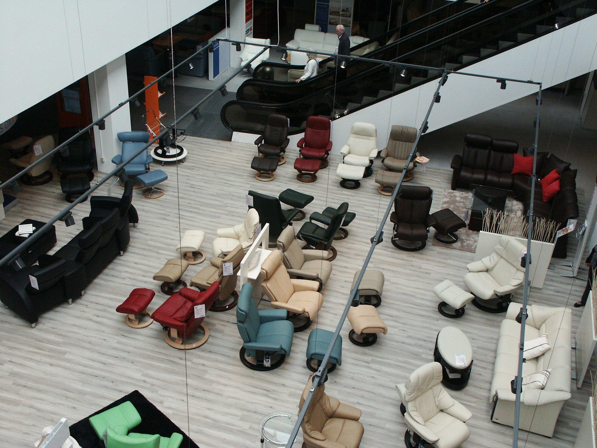 Möbel Kraft Eröffnete Mit Vielen Sonderangeboten In Der Pankstraße