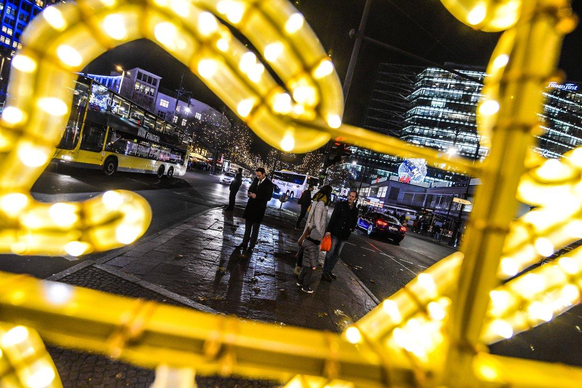 Ab Wann Weihnachtsbeleuchtung.Bezirkspolitiker Warnen Weihnachtsbeleuchtung Und Klos Auf Der
