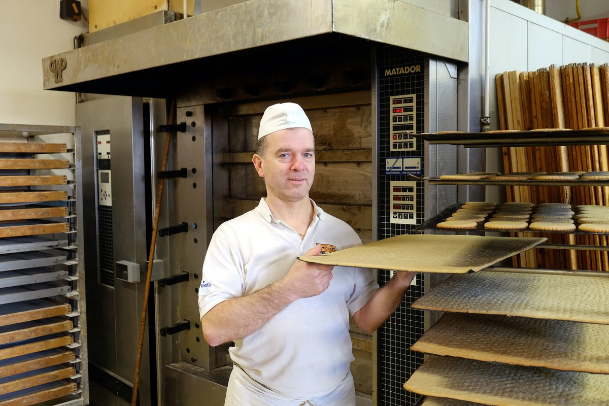 Bäckermeister Rainer Schwadtke fehlen die Gesellen.