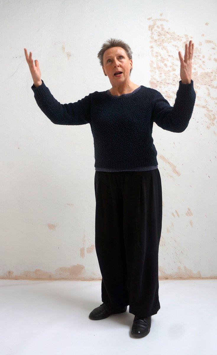 "Joseph Beuys ""soziale Plastik"" ist Regina Liedtkes innerer Leitfaden."