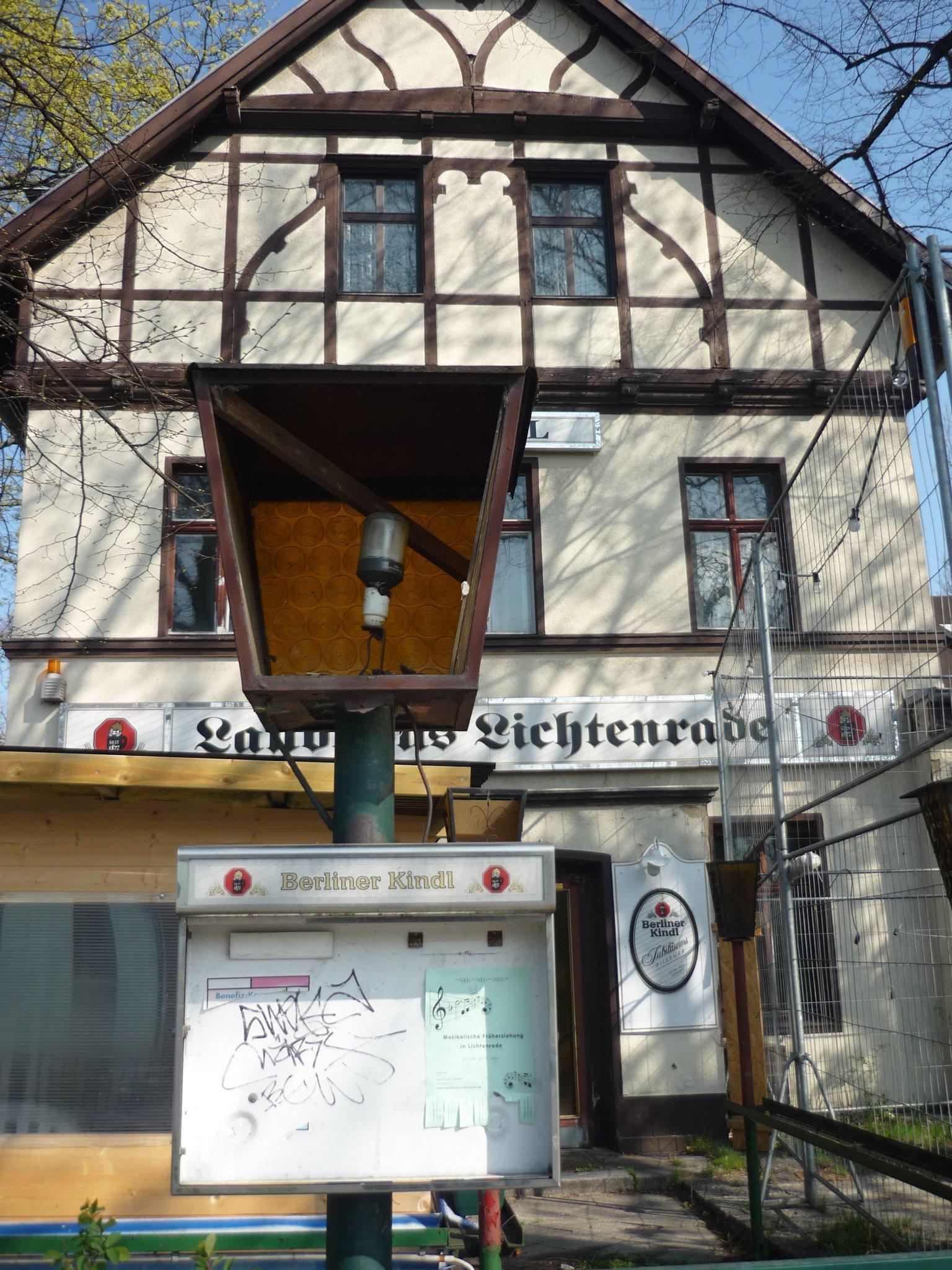 Karte Berlin Lichtenrade.Landhaus Lichtenrade Gerettet Malzerei Und Haus Buhr Jetzt In Einer