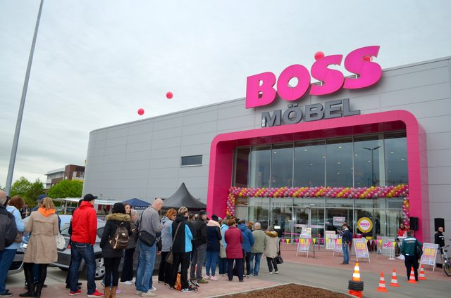mobeldiscounter sb mobel boss eroffnete am 8 mai in mahlsdorf