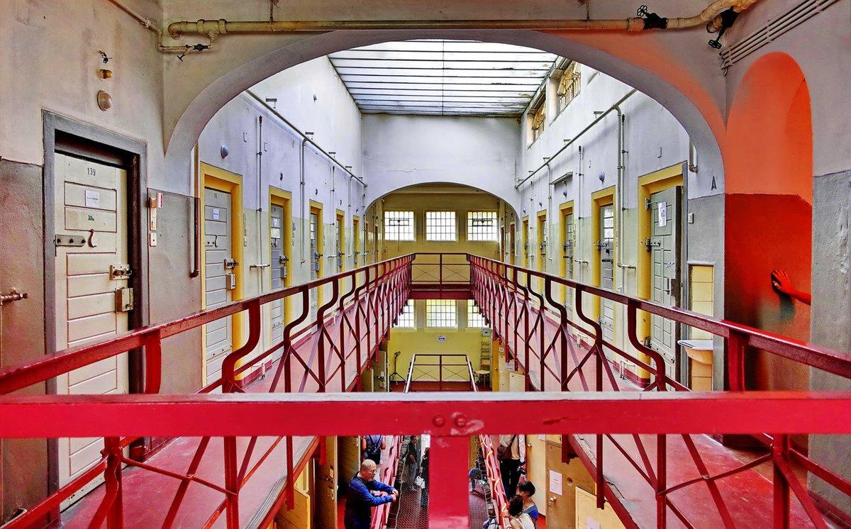 Den ersten Preis erhielt Peter Hahn mit dem Foto vom ehemaligen Frauengefängnis in Lichterfelde.