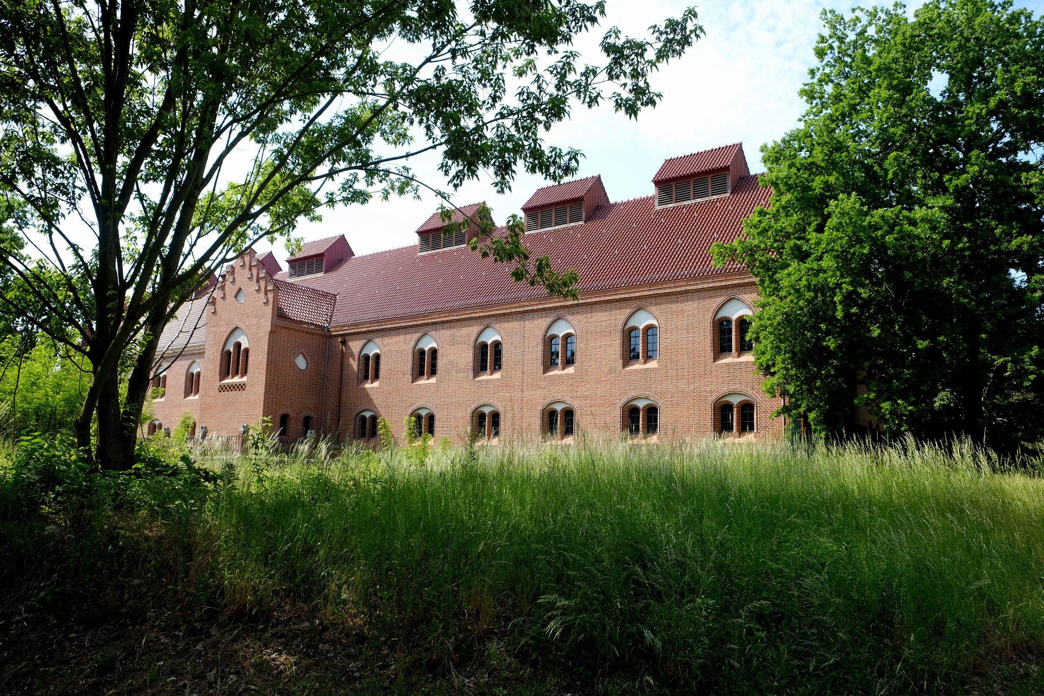 Wasserbetriebe sanieren historische bauten am m ggelseedamm friedrichshagen - Kastenfenster sanieren berlin ...