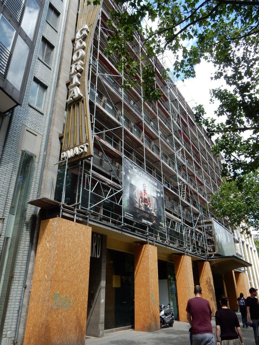 670dbb6640f46d Endgültig  Gloria-Palast wird abgerissen. Charlottenburg.