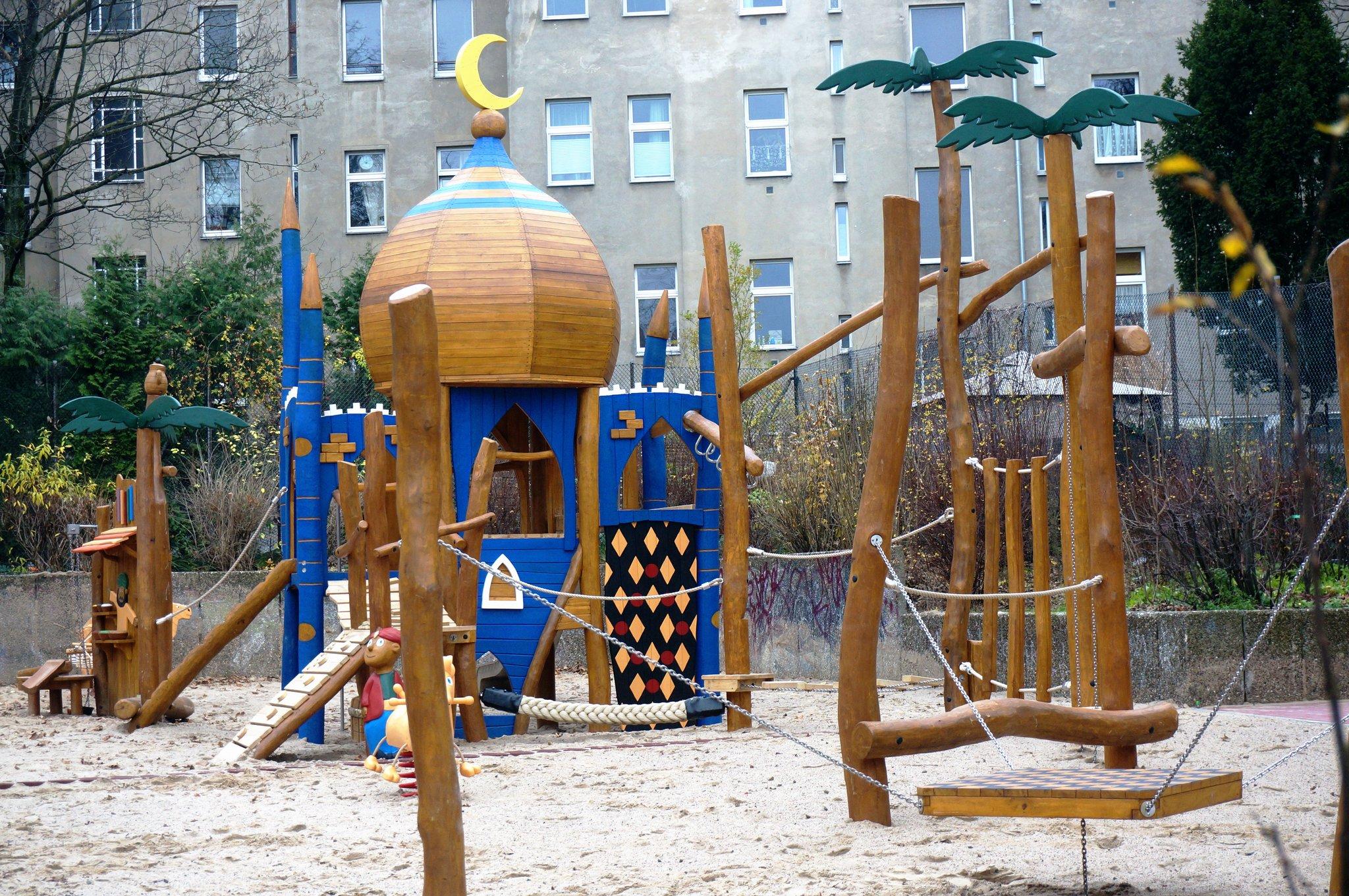 Der Streit Um Die Mondsichel Spielplatz An Der Walterstraße