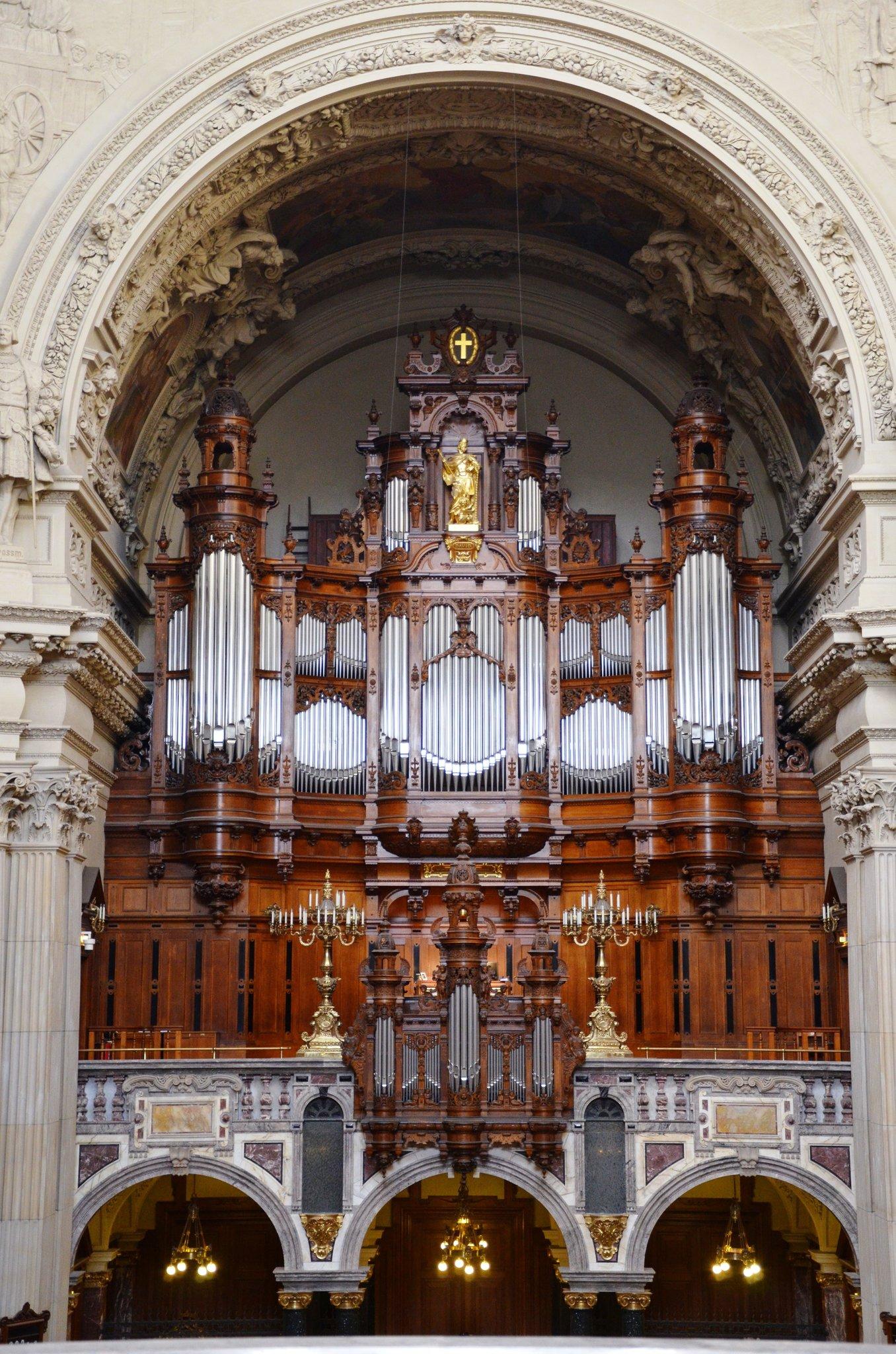 Pfeifen Werden Frisch Poliert Orgel Im Berliner Dom Wird überholt