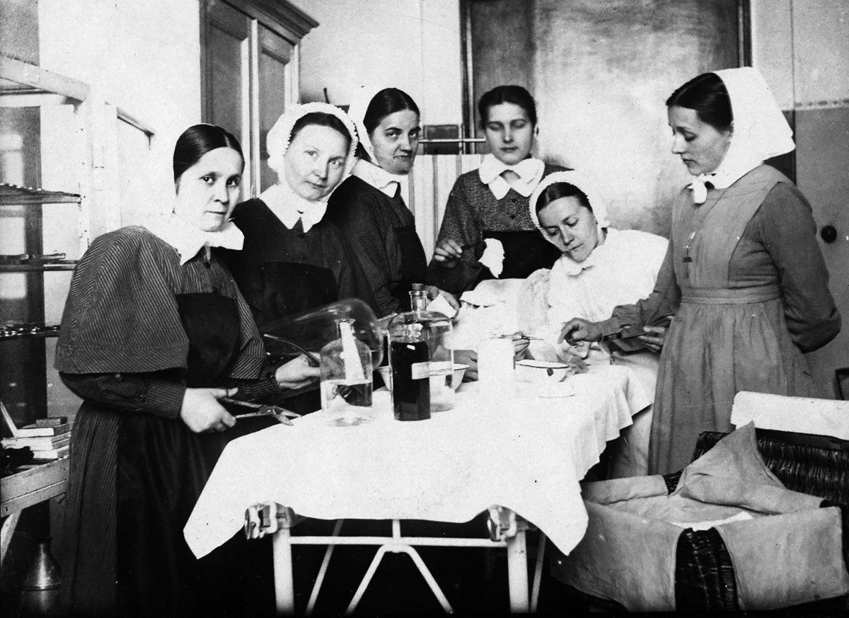 Krankenhaus Königin Elisabeth Herzberge Feiert 175 Geburtstag