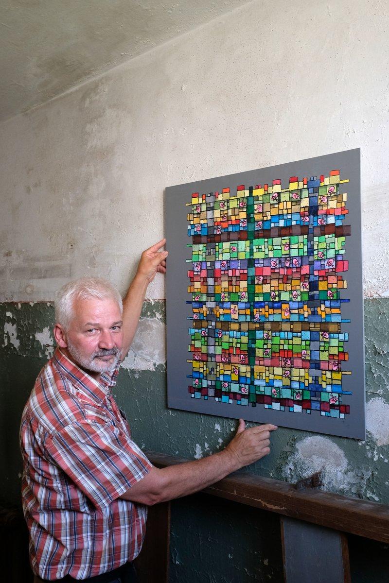 Gerald Steenweg in einer der Gefängniszellen.