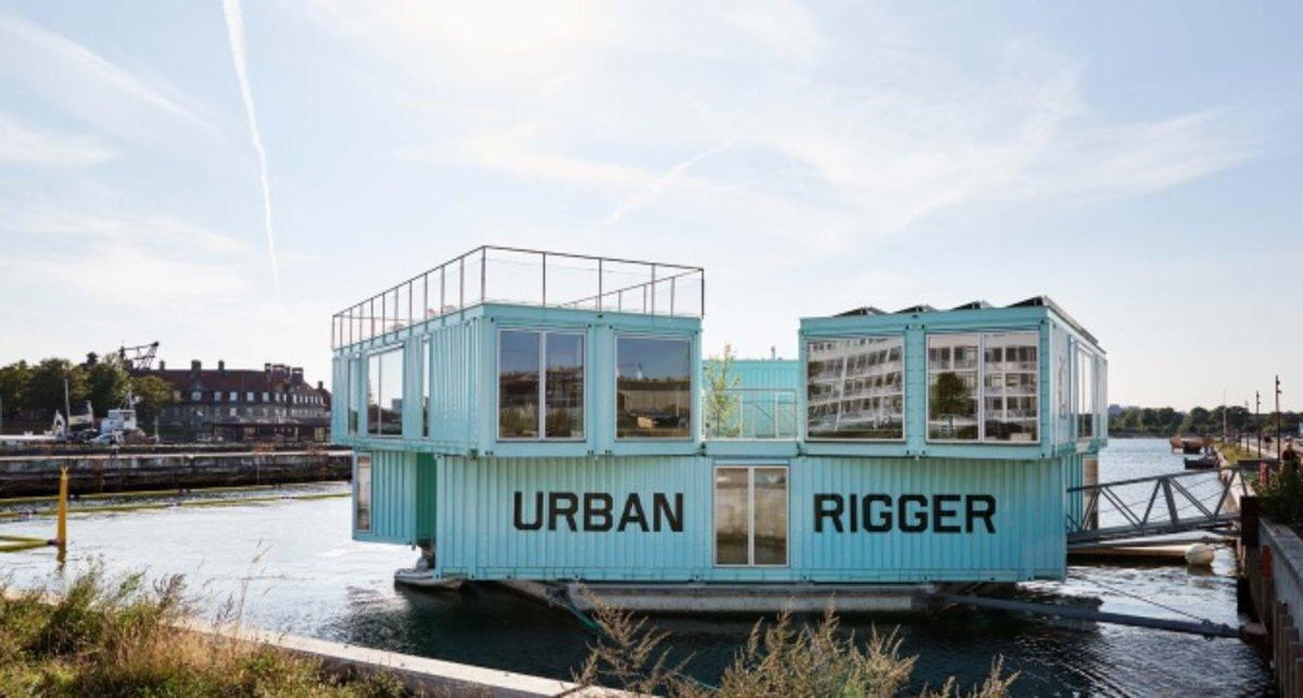 Schwimmende Tiny Houses Fur Studenten Aus Alten Containern Gatow