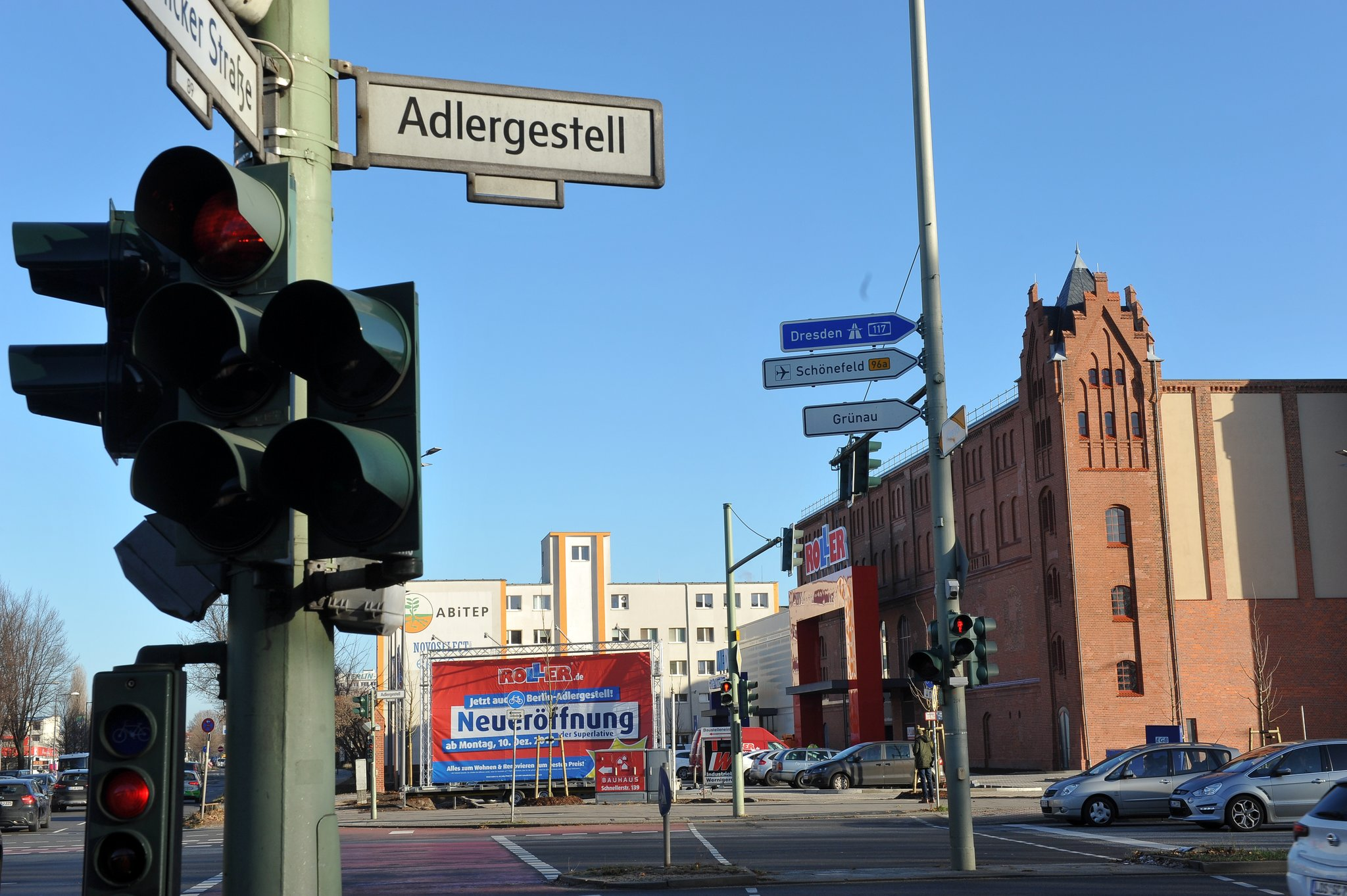 a42b3310dd5e4a Möbel-Discounter jetzt auch in Adlershof  ROLLER eröffnet am 10. Dezember  am Adlergestell - Adlershof