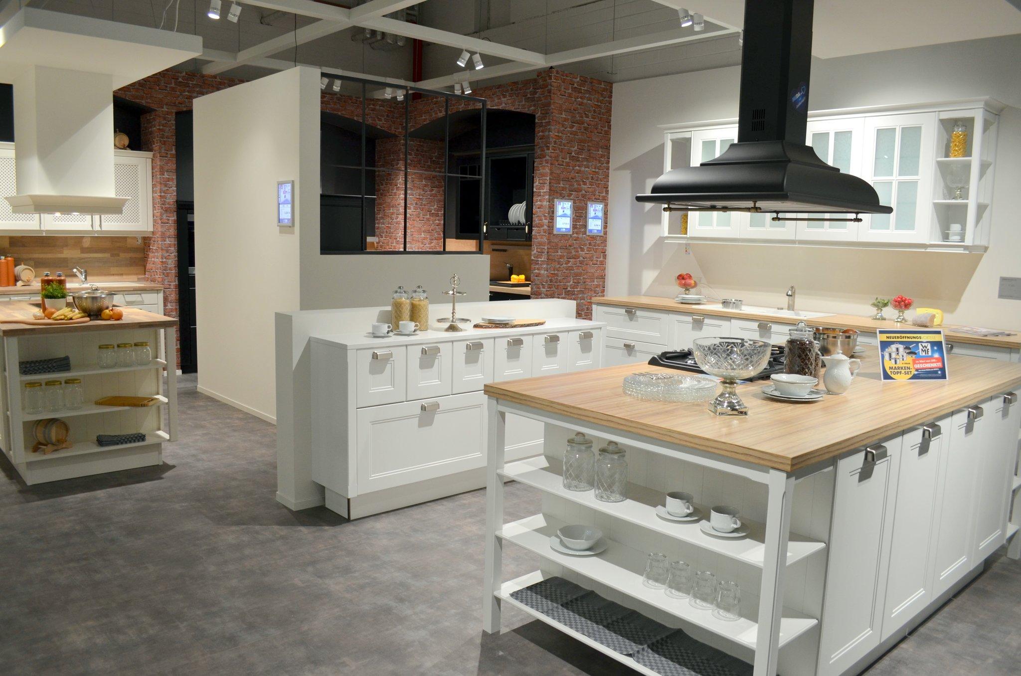 Neue Dimension des Küchenkaufs: MEDA Gute Küchen eröffnete in der