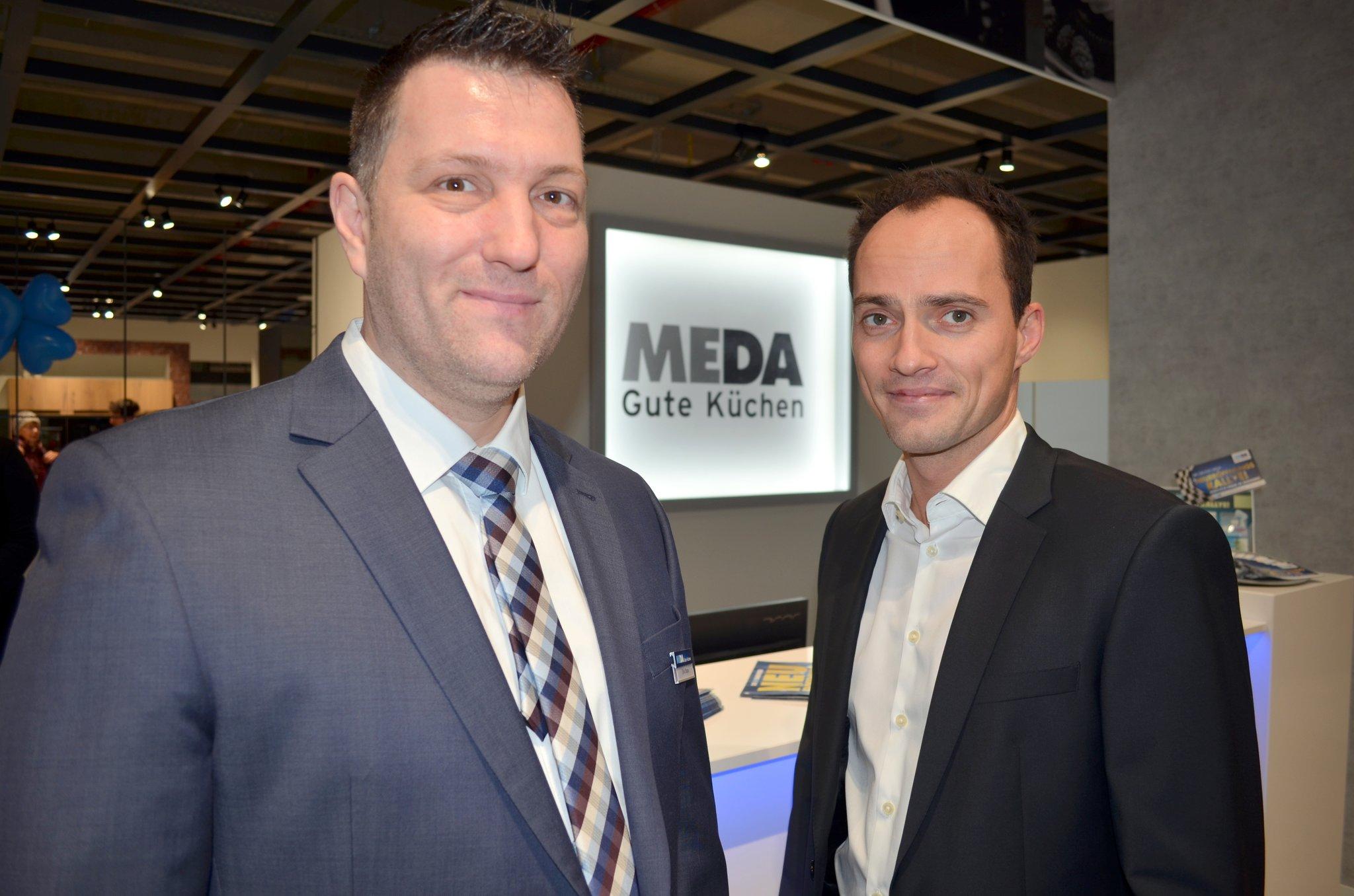 Neue Dimension des Küchenkaufs: MEDA Gute Küchen eröffnete ...