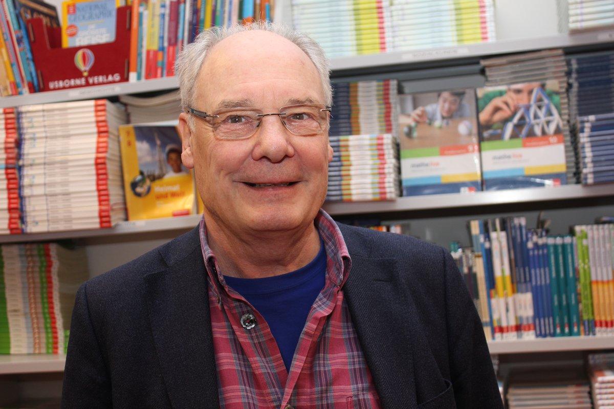 Stefan Brandt berichtete in der nach seinem Vater benannten Schule über Heinz Brandt und die Familiengeschichte.