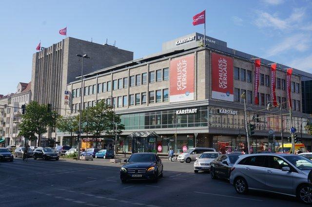 Stadtentwicklung: Bürgermeister begrüßt Karstadt Neubau