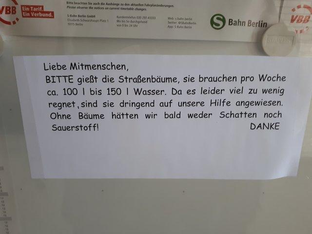 Rote Karte Gesundheitsamt Berlin.Charlottenburg Thema