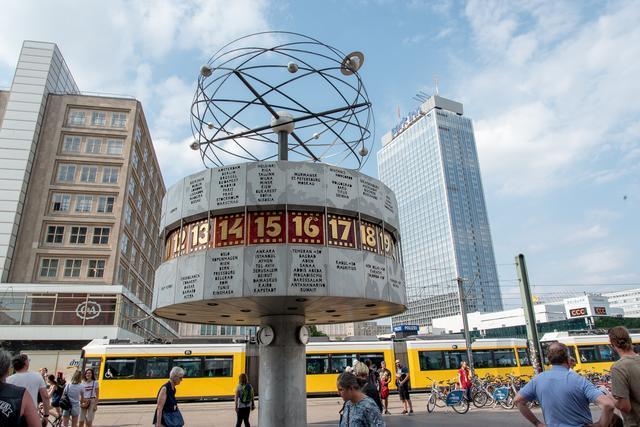 Alex Kommission Wahlt Aus Neues Vergabeverfahren Fur Veranstaltungen Auf Dem Alexanderplatz Mitte