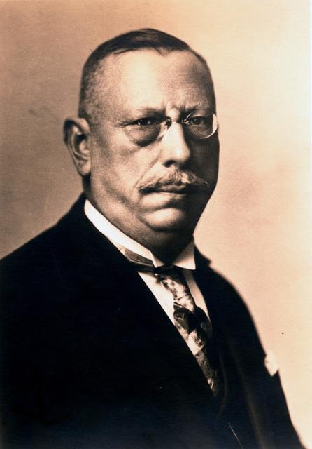 Bürgermeister Carl Leid, 1927, aus dem Album Bezirksamt Wedding 1927.